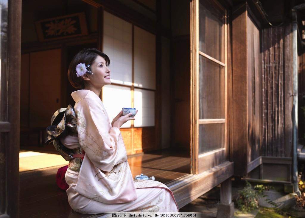 日本和服女人 和服 女人 日本 喝茶 观景 人物 摄影 人物图库 女性