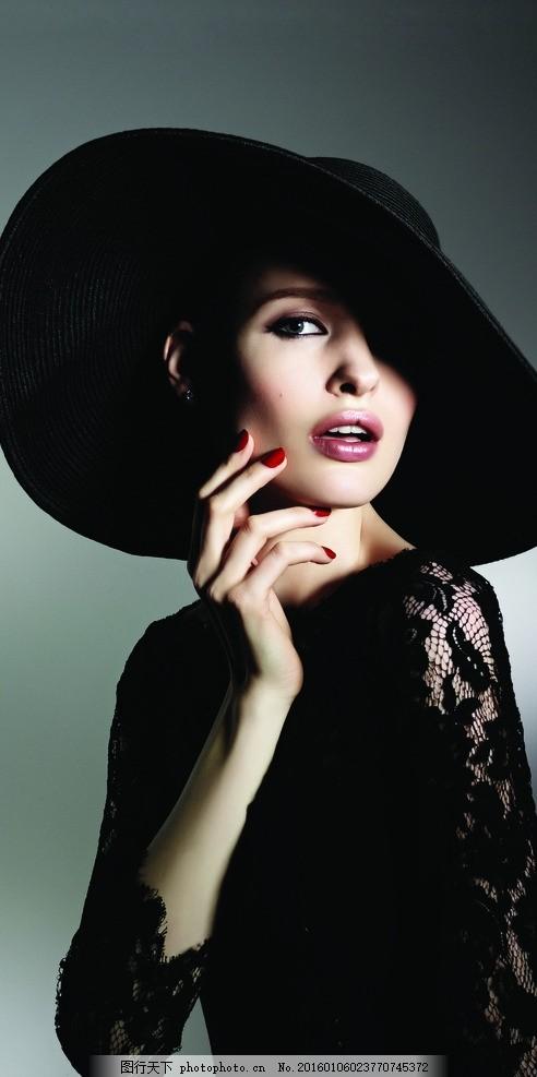 欧美模特 戴帽子 美甲 美手 半身模特图 摄影 女性女人