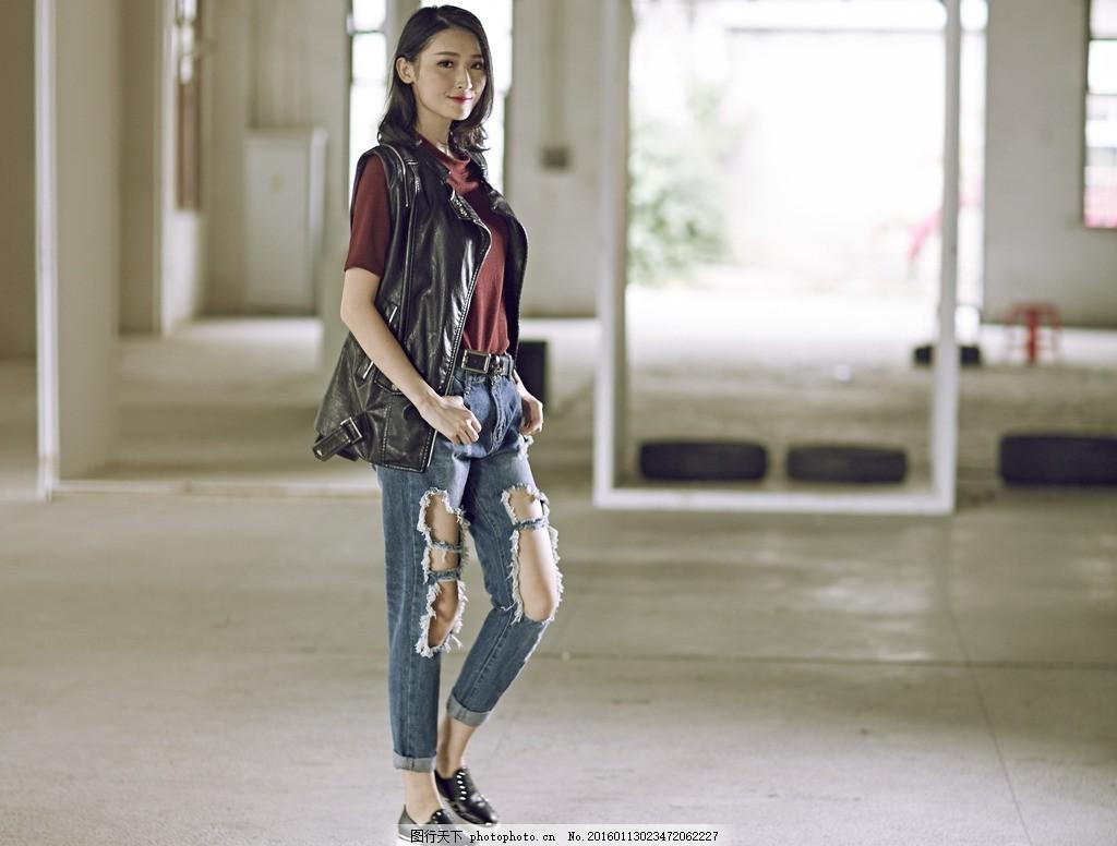 时尚街拍女模特 女鞋 模特大片 女模 美女      时尚 街拍 模特拍摄