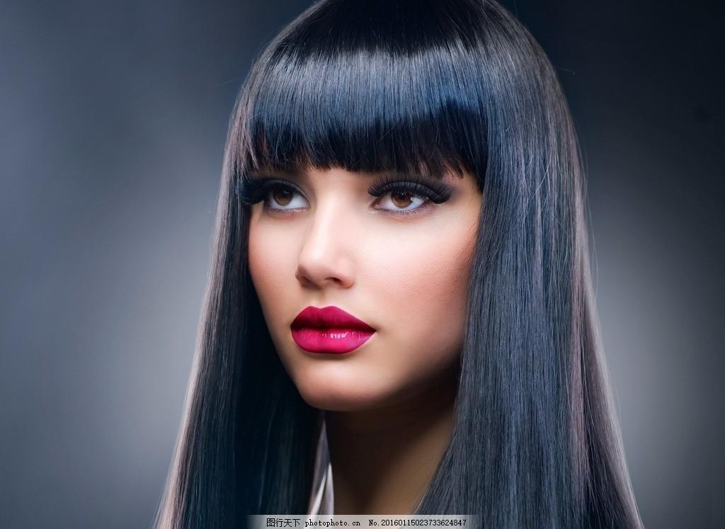 美容彩妆模特 黑发 化妆 美女 性感 精致 妆容 妆面 口红 唇彩