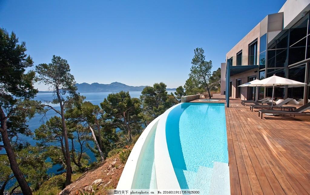 别墅泳池 海边别墅 私人泳池 休息躺椅 海边 摄影 自然景观 自然风景
