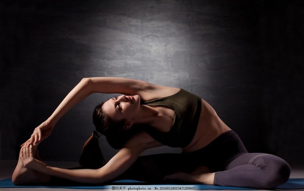 瑜伽 健身 美女 模特 紧身衣 性感 运动 身材 运动衣 运动装 运动