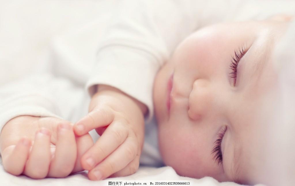 长睫毛的小婴儿 睡觉 宝宝 睡姿 baby 小孩 可爱 睡梦中 趴着 躺着 小