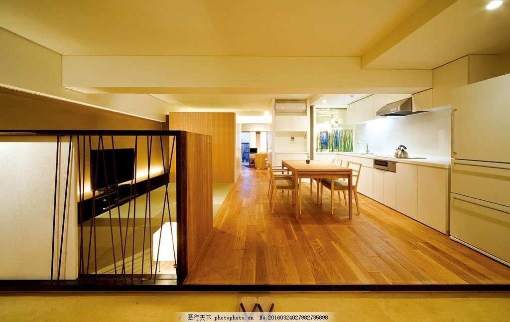 室内拍摄 木纹装修 饭桌 桌椅 电视柜 电视 灯光 天顶 室内建筑 室内