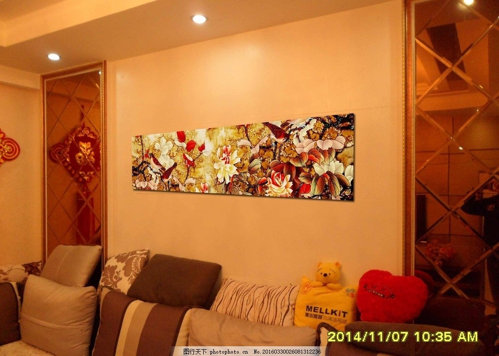 沙发背景 工笔画 手绘壁画 彩绘涂鸦 墙面装饰 摄影 家居生活