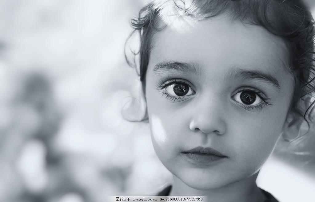 照片 女孩 黑白照片 明亮 眼睛 卷发 摄影 阳光 摄影 人物图库 儿童